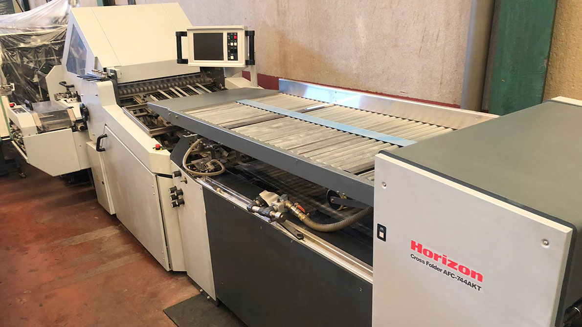 used folding machine Horizon AFC-744AKT (2009)
