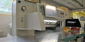 одноножевая бумагорезательная машина Perfecta 92 TVC, 2008 год