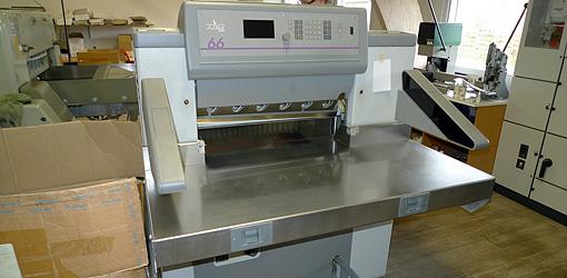 гидравлическая бумагорезальная машина Polar Mohr 66, 1999 год выпуска