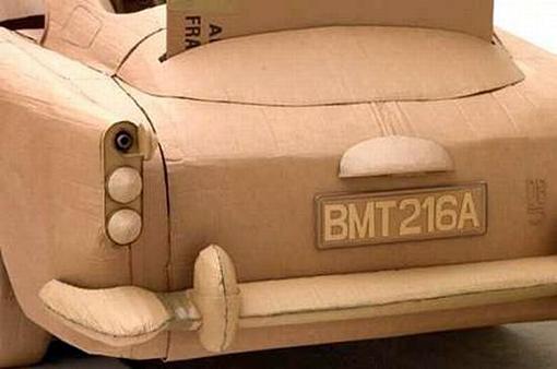 автомобиль из гофрокартона