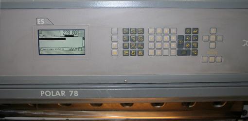 одноножевая бумагорезальная машина Polar 78 ES