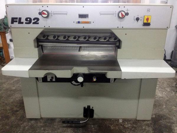 одноножевая бумагорезательная машина SEM FL-92 (внешний вид)