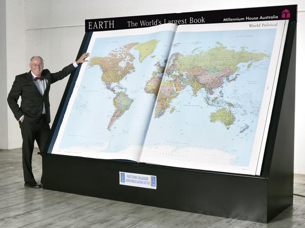 Earth Platinum Atlas – самая большая книга-атлас на планете (издательство Millennium House, Australia)